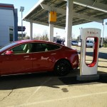 tesla-supercharger-site-with-photovoltaic-solar-panels-rocklin-california-feb-2015_100501647_l